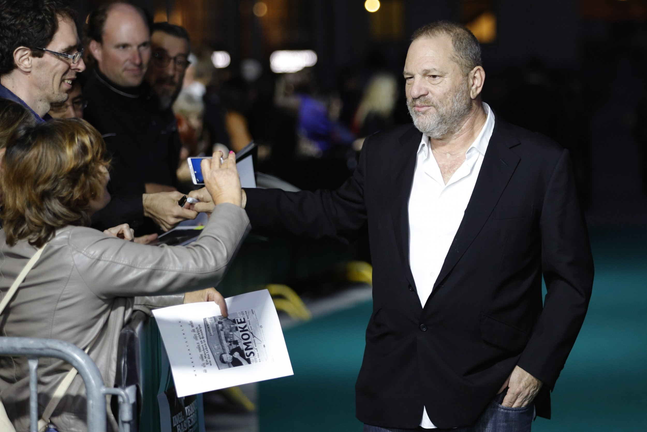 Harvey Weinstein slapped in restaurant, video shows