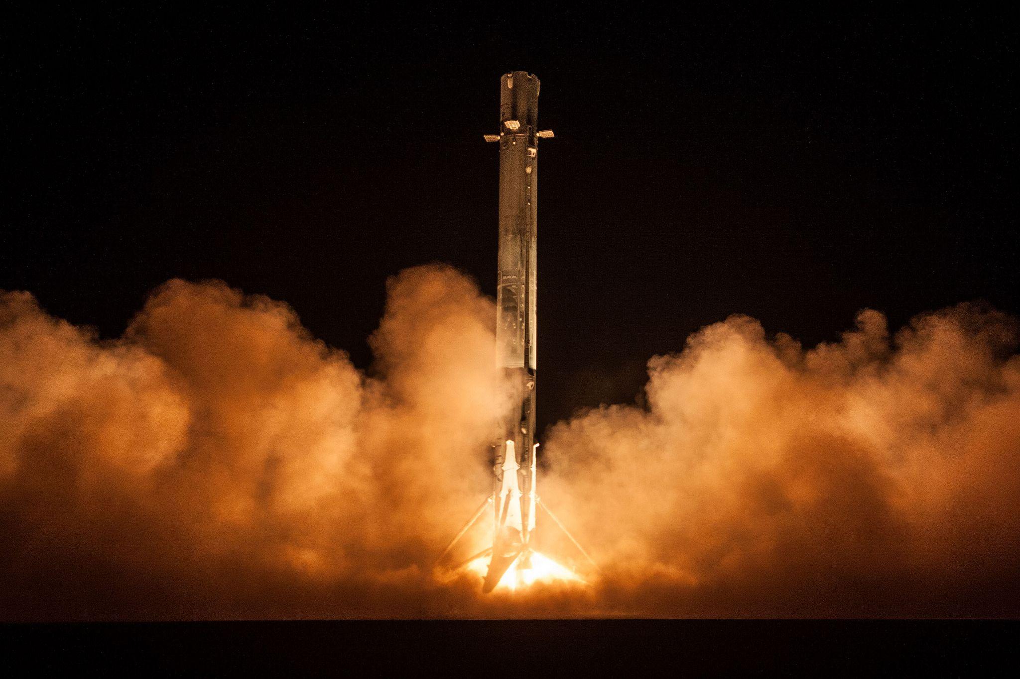 1_11_SpaceX Zuma Launch