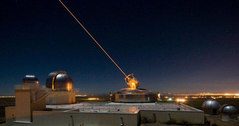1_11_Satellite tracking telescope