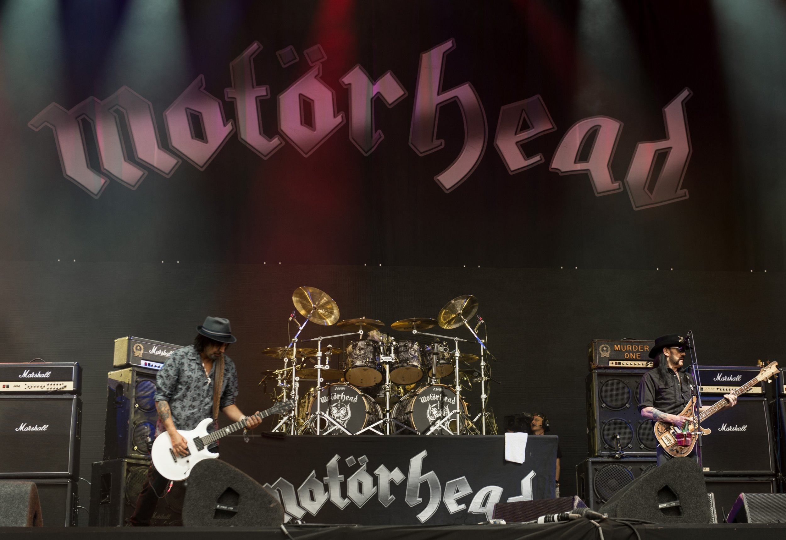 Motorhead star 'Fast' Eddie Clarke dead