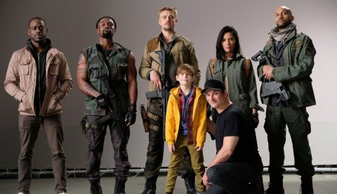 predator 2018 cast