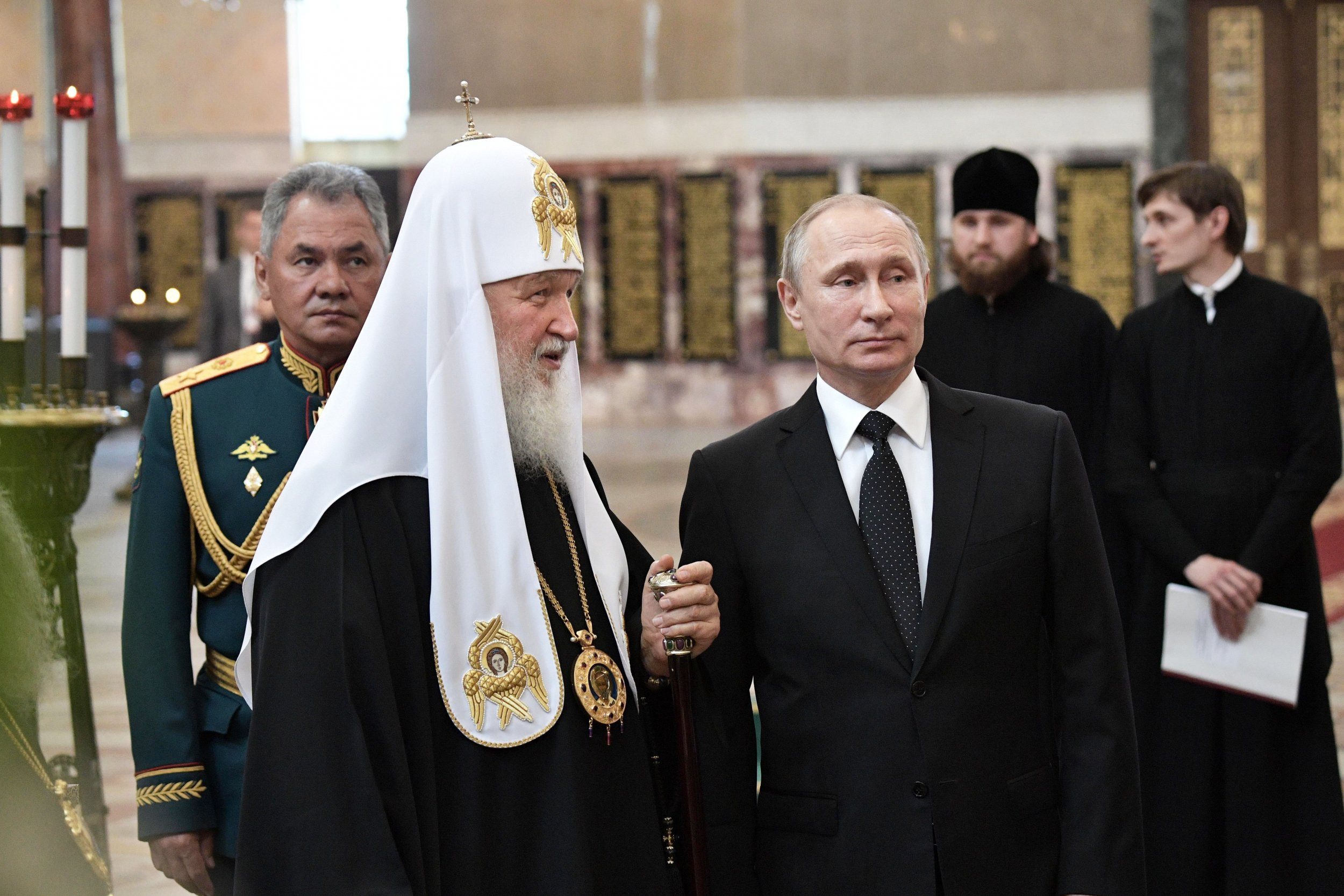 Putin Says Communism Comes From The Bible Compares Lenin To A Saint