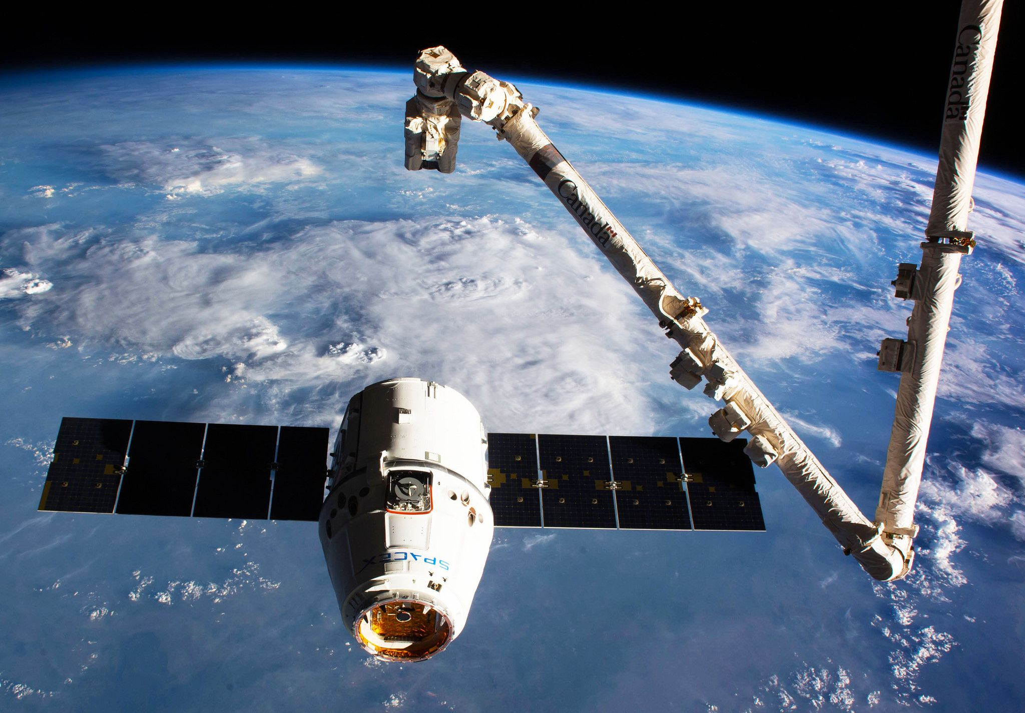International Space Station Spacex Dragon Brings 4 100