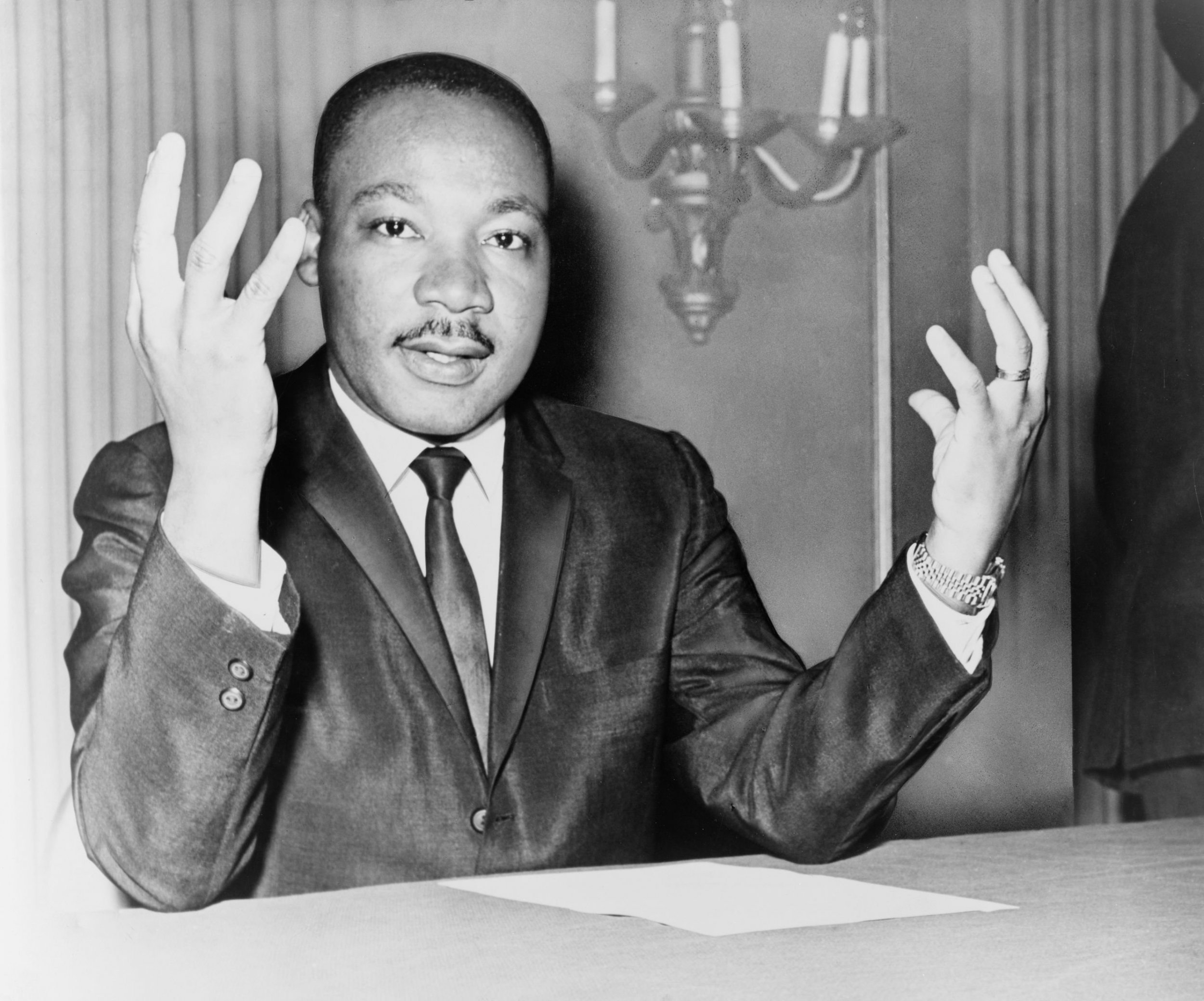 martin luther king jr leadership style Martin luther king leadership 1 martin luther king jr the man and the dream 1 2 content • childhood and education • strengths • segregation between blacks and whites • martin luther king jr vision • king and 5 practices of exemplary leaders • martin luther king jr leadership style • the dream.
