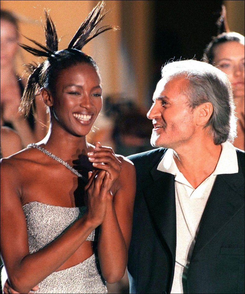 Gianni Versace with Naomi Campbell in 1996