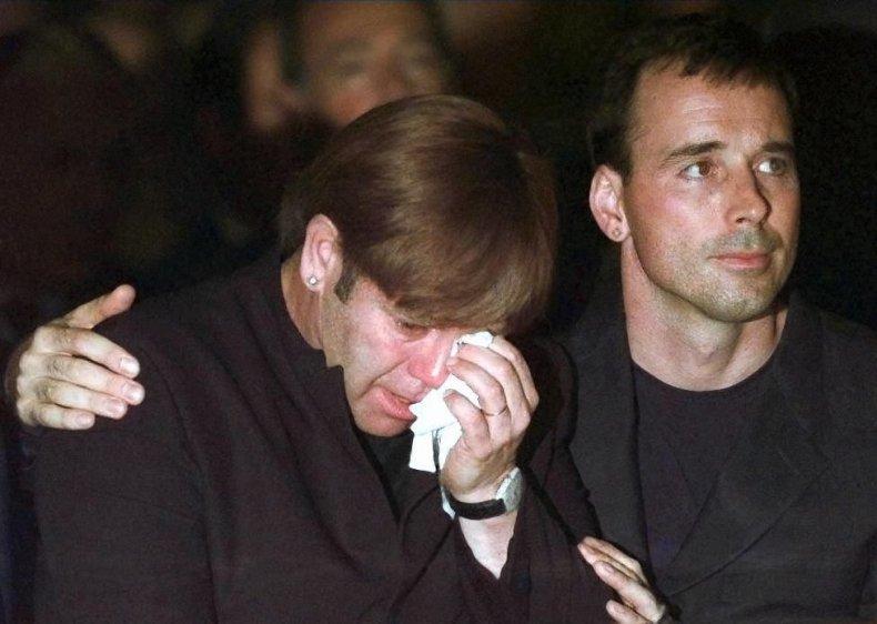 Elton John cries at Gianni Versace's funeral