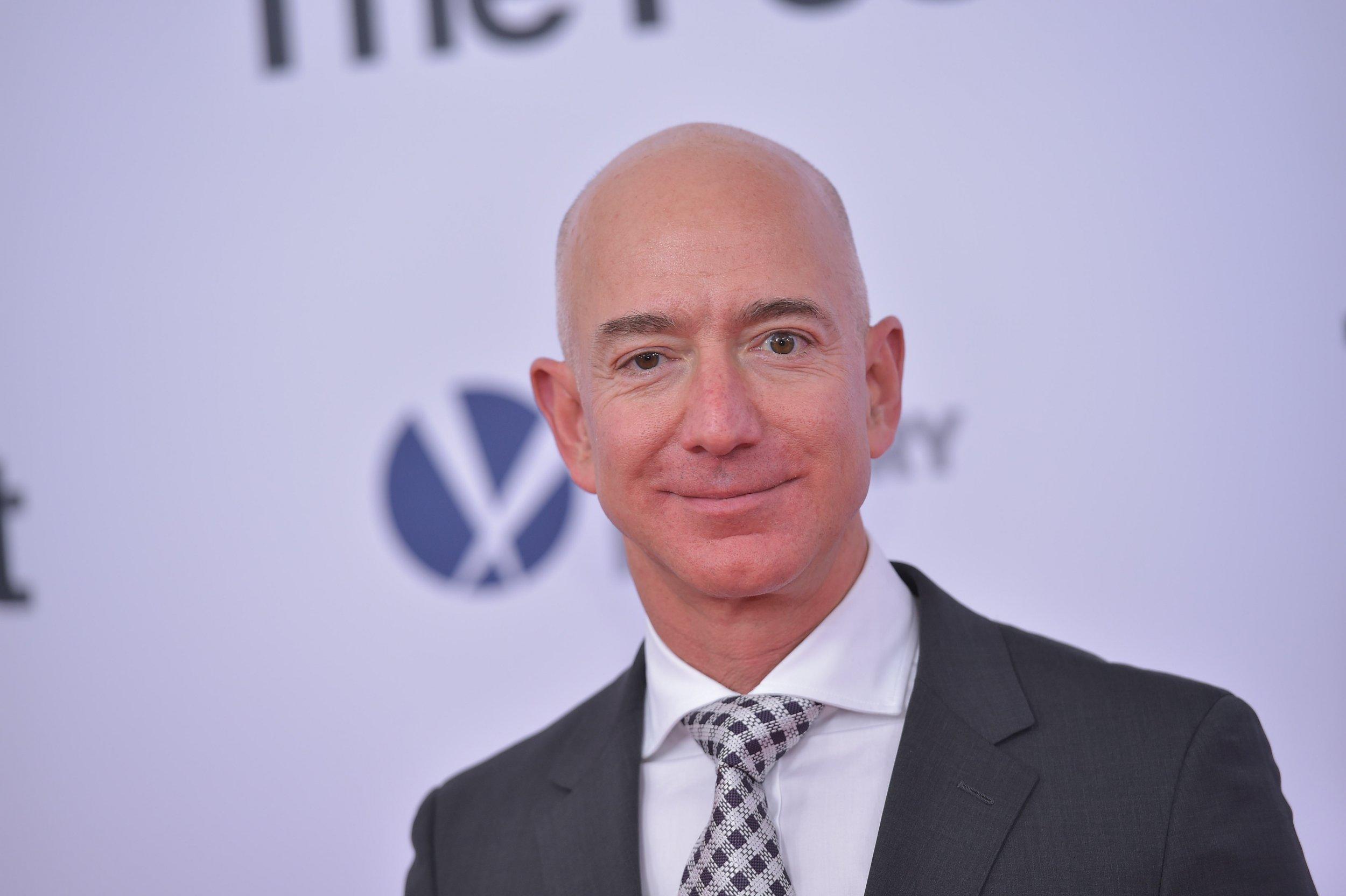 نتيجة بحث الصور عن Jeff Bezos