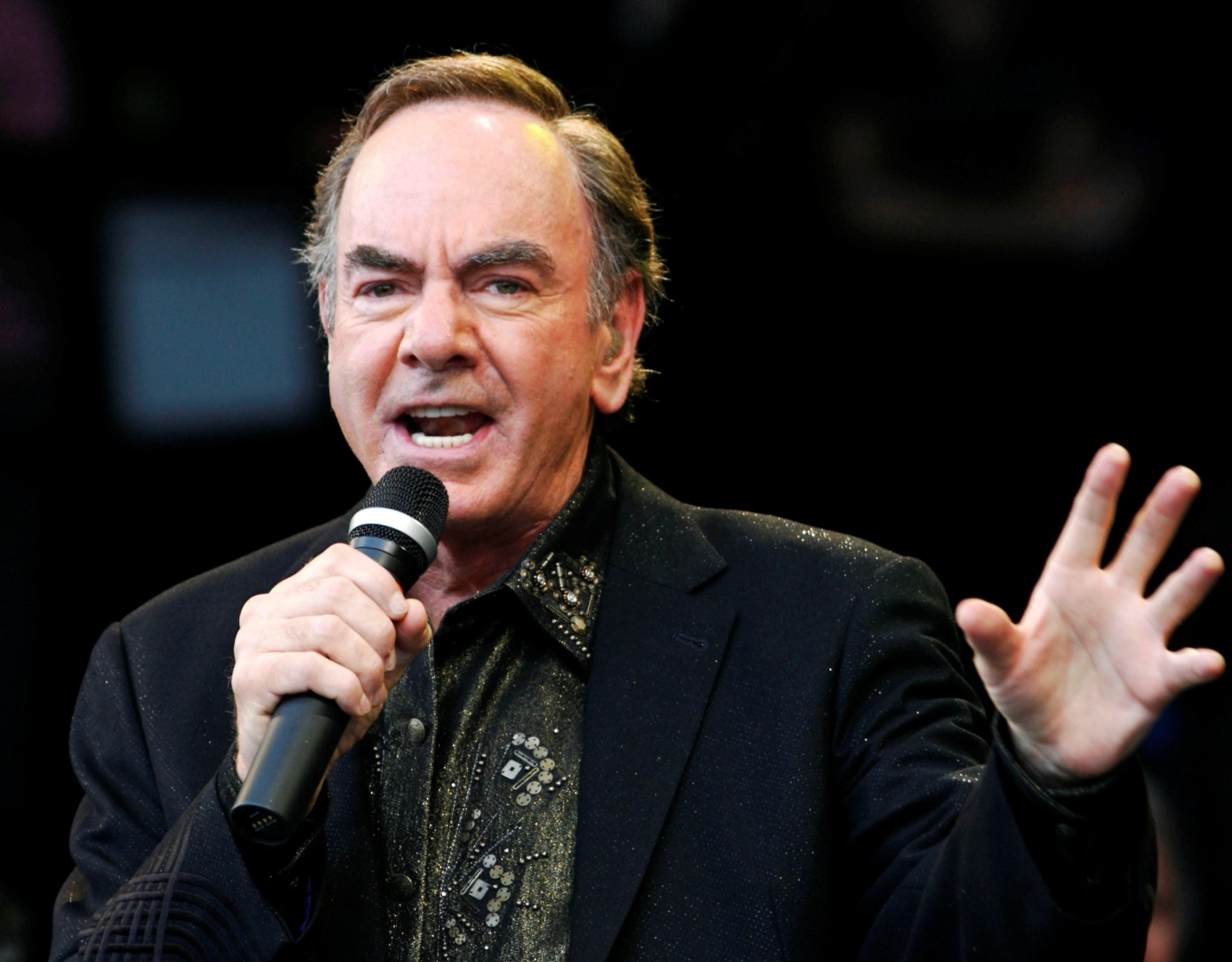 Neil Diamond retiring from touring