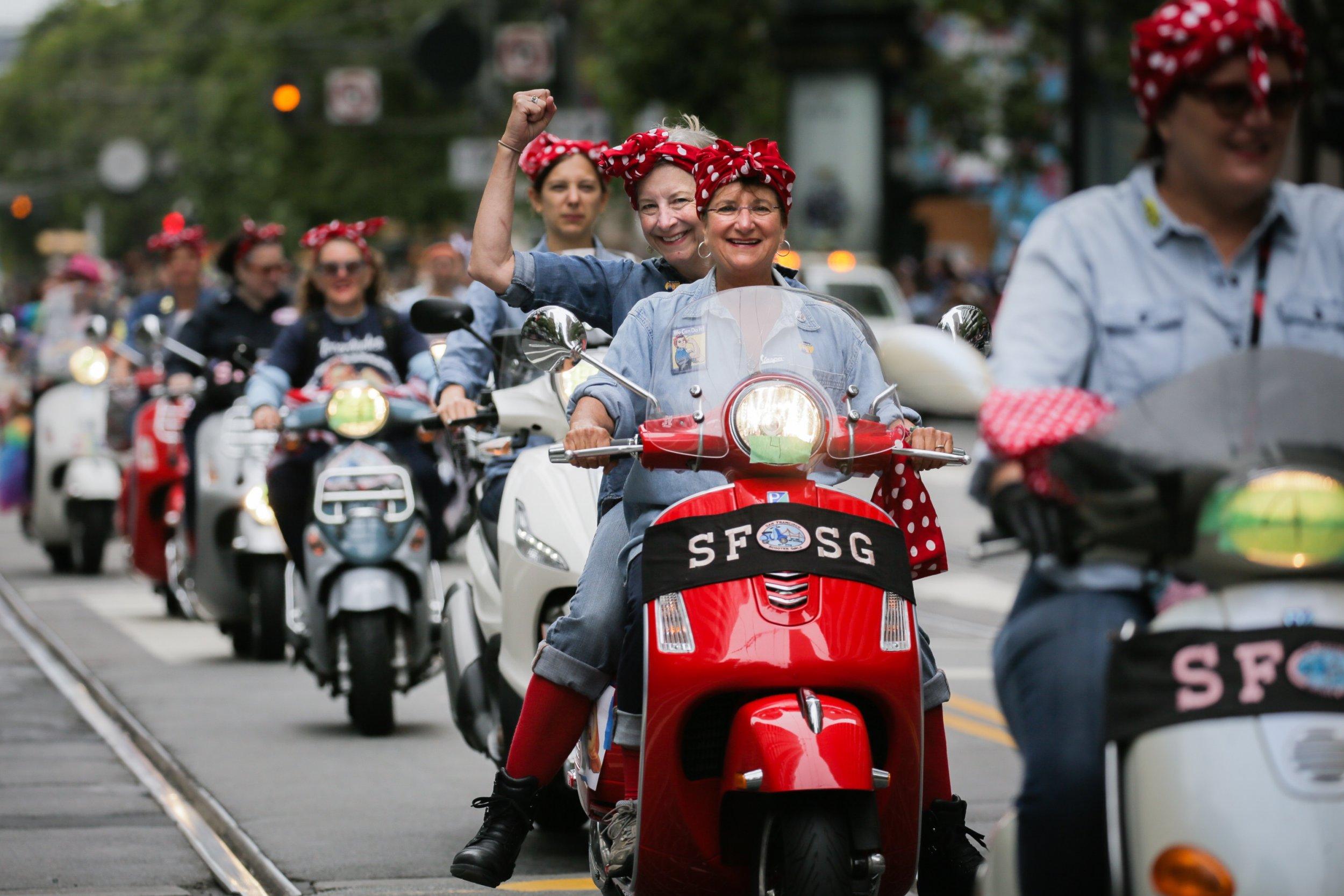 1_23_Rosie_Riveter_Parade