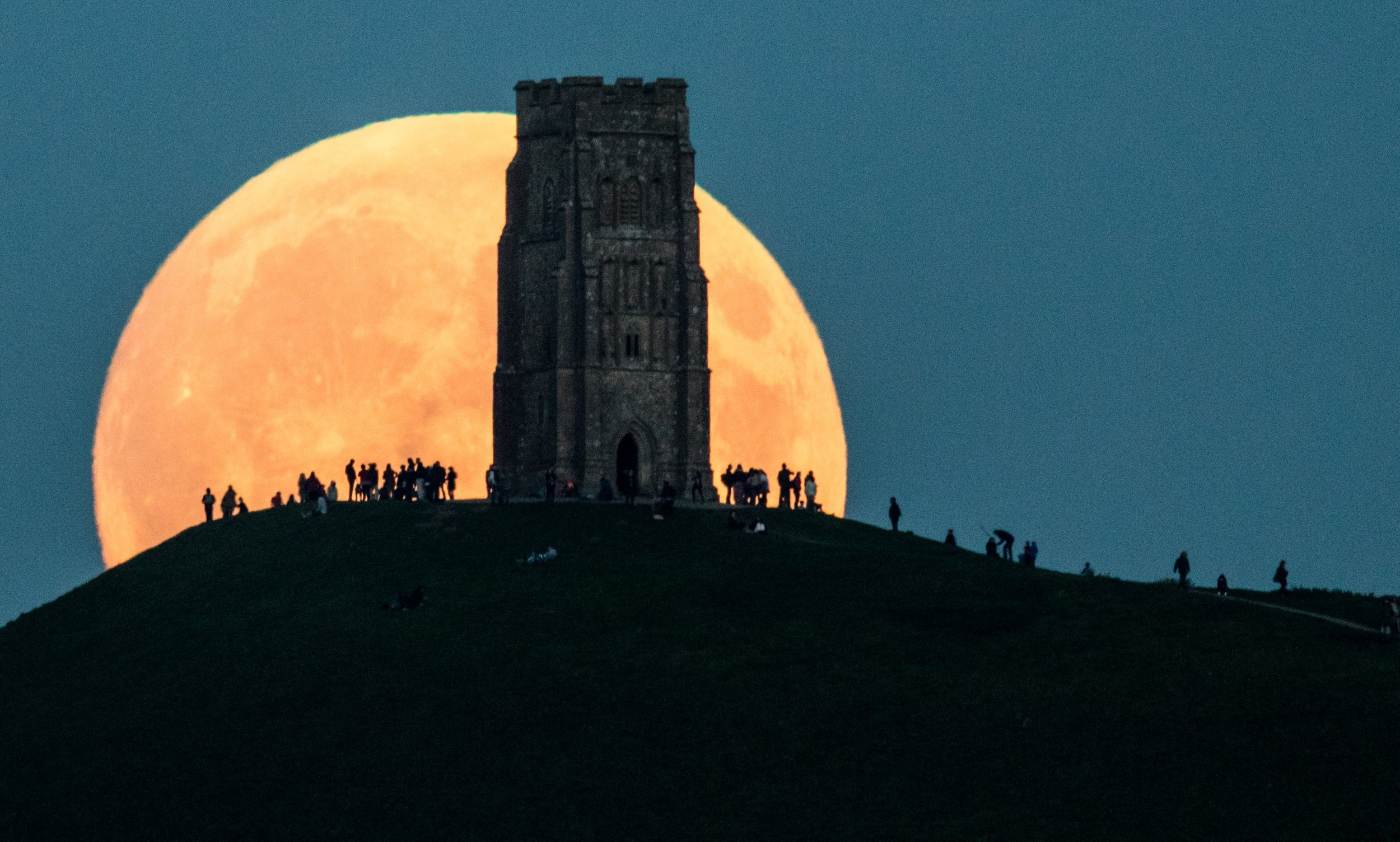 1_24_Glastonbury lunar eclipse