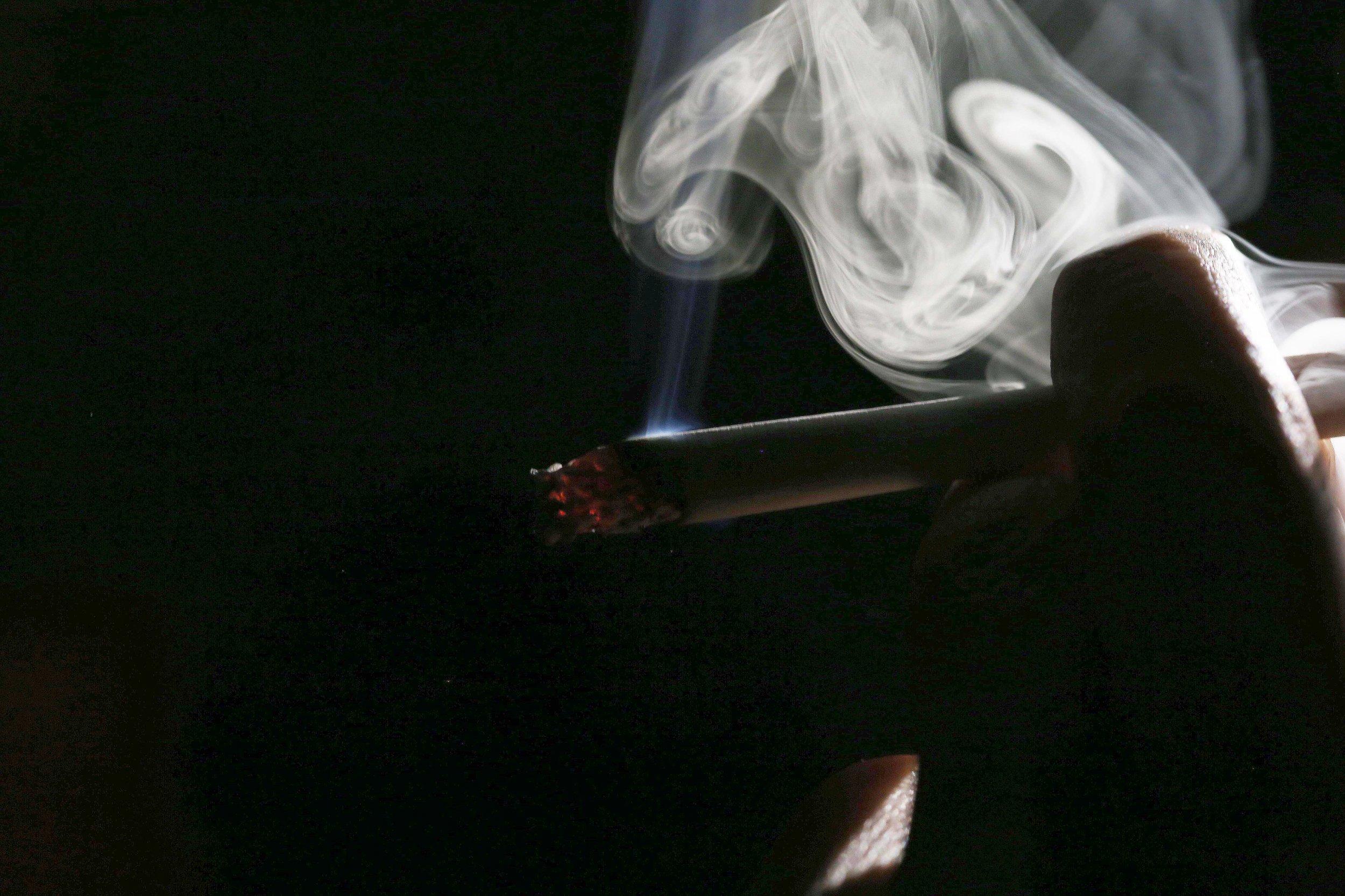 1_25_cigarette