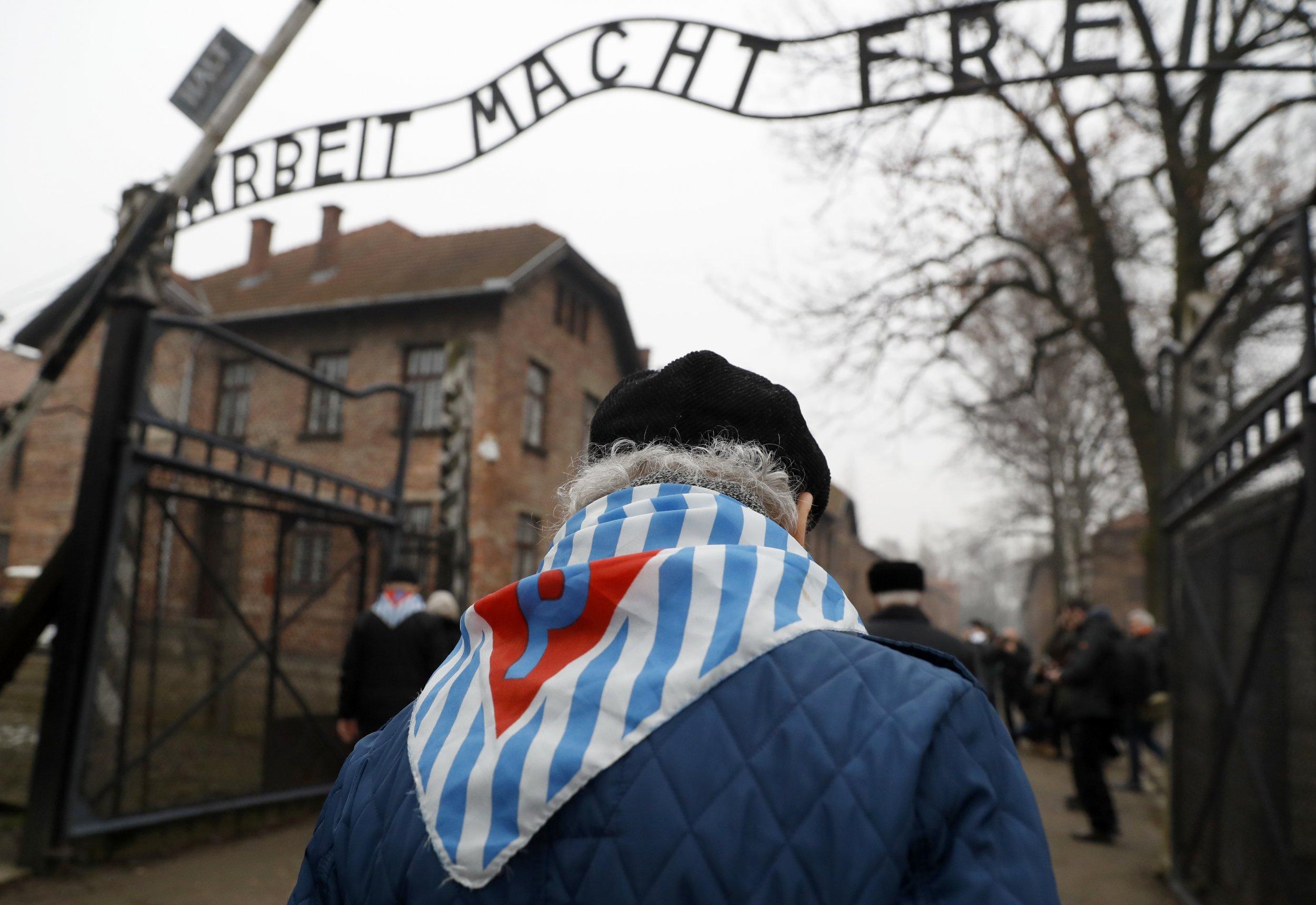 01_28_Auschwitz