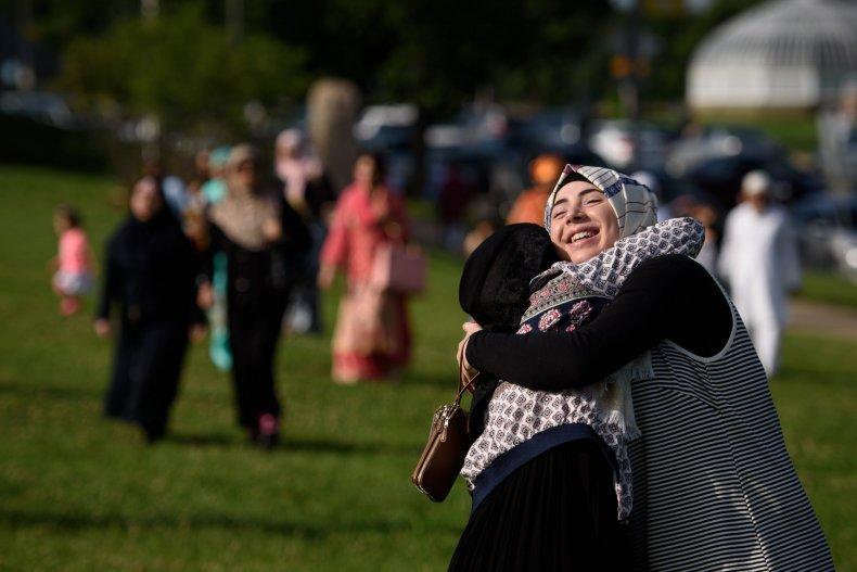 friends hugging ramadan