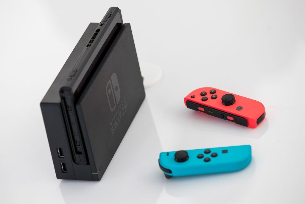 nintendo switch profit revenue popular