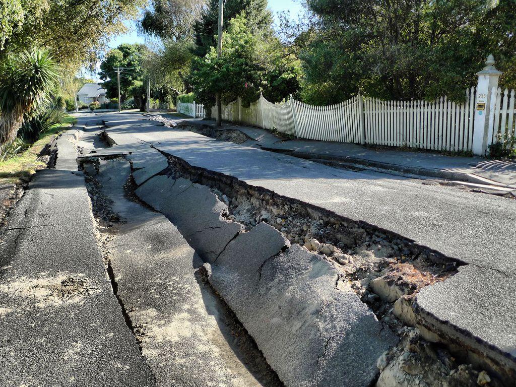 2_2_Earthquake damage
