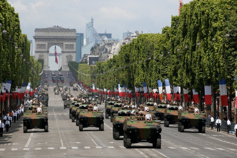 02_07_FranceMilitary