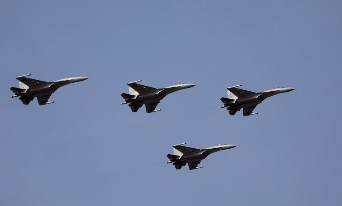 China Reveals Its New Russian Jets Flying Over Secret
