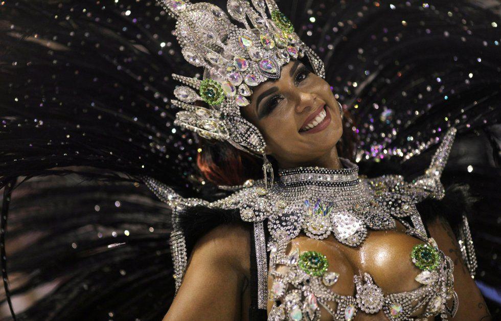 rio-carnival-2018-imperio-serrano