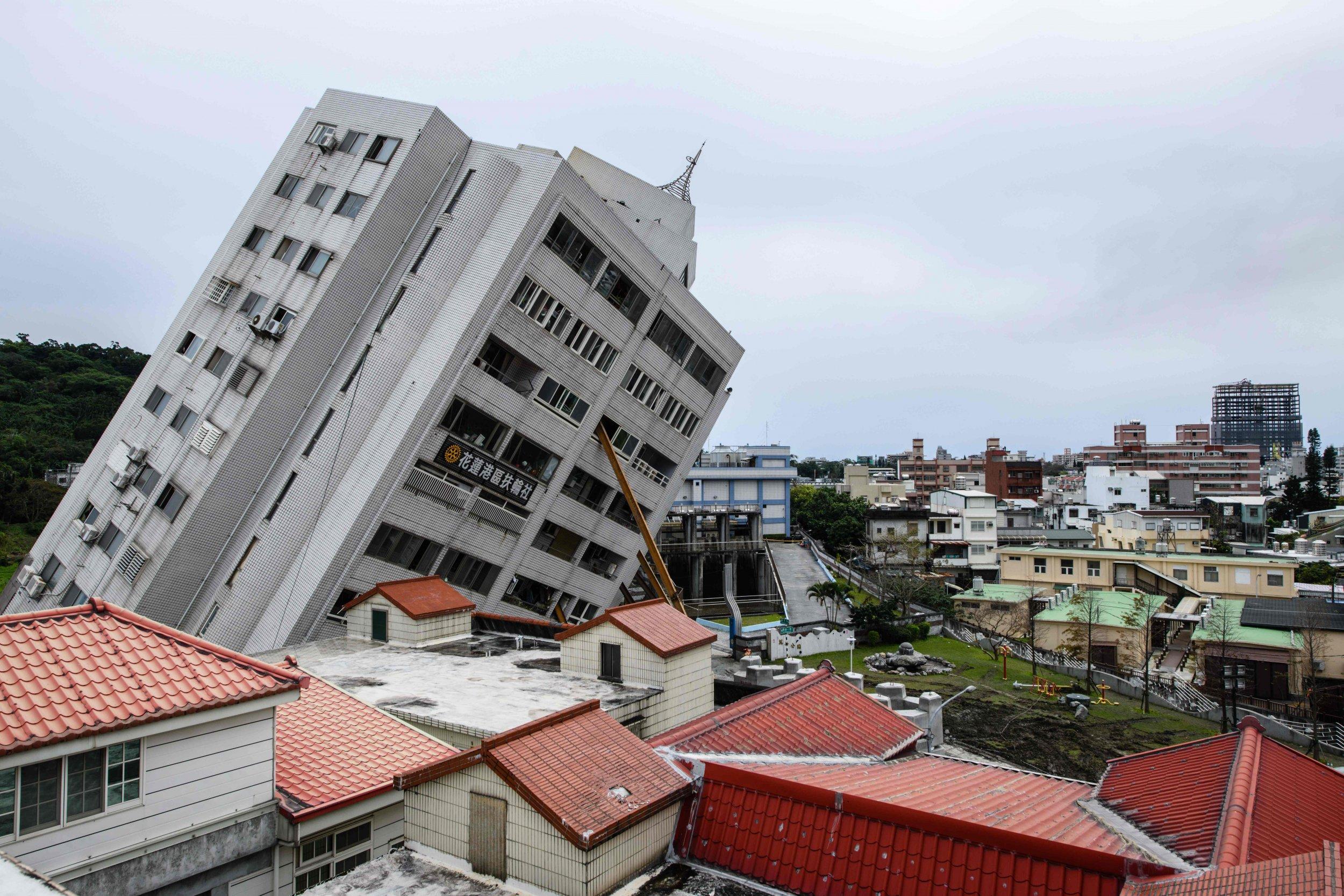Taiwan earthquake building