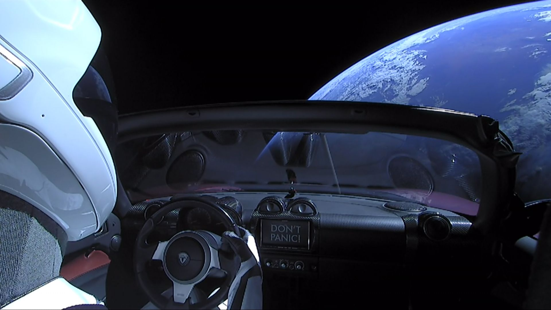 SpaceX Falcon Heavy: Elon Musk's Tesla Roadster Is on a