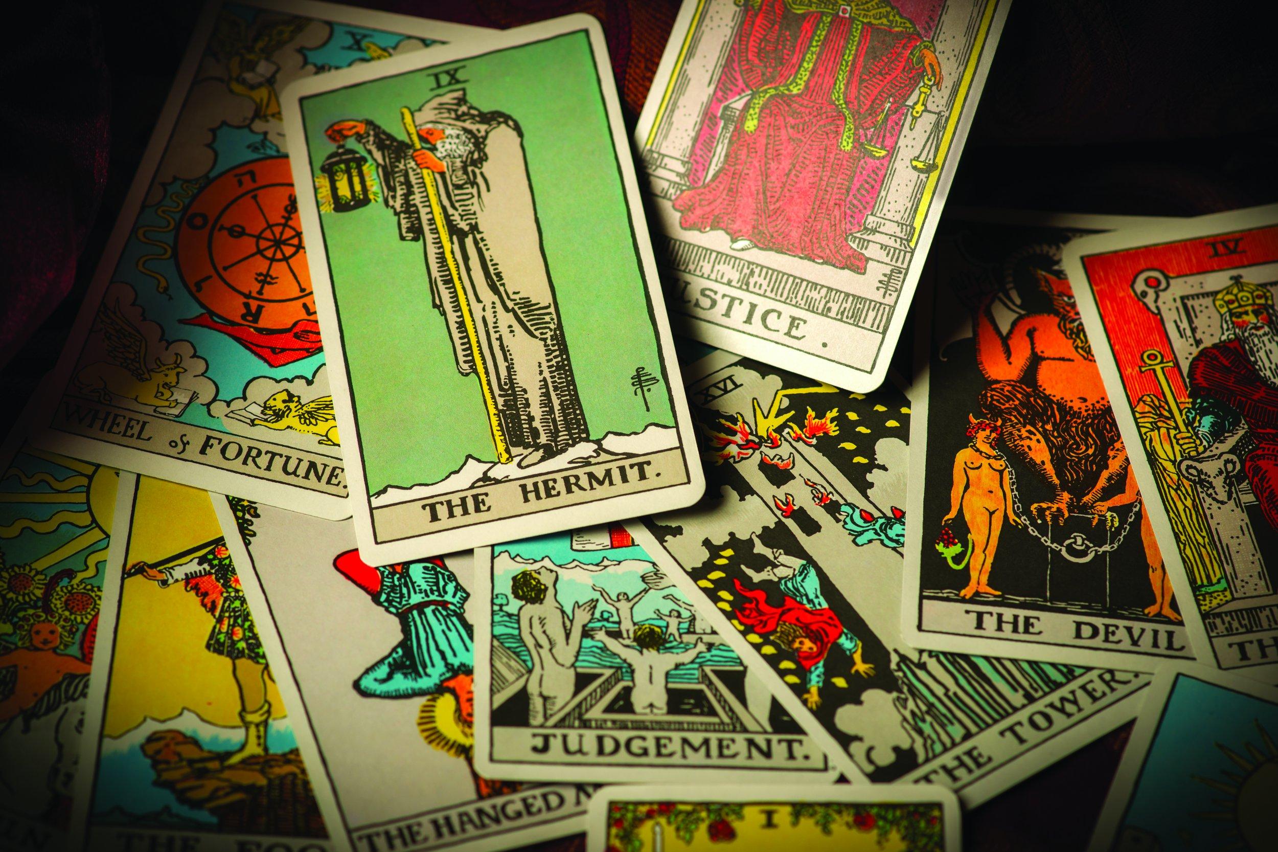 Tarot 101 Take A Glimpse Into The Future