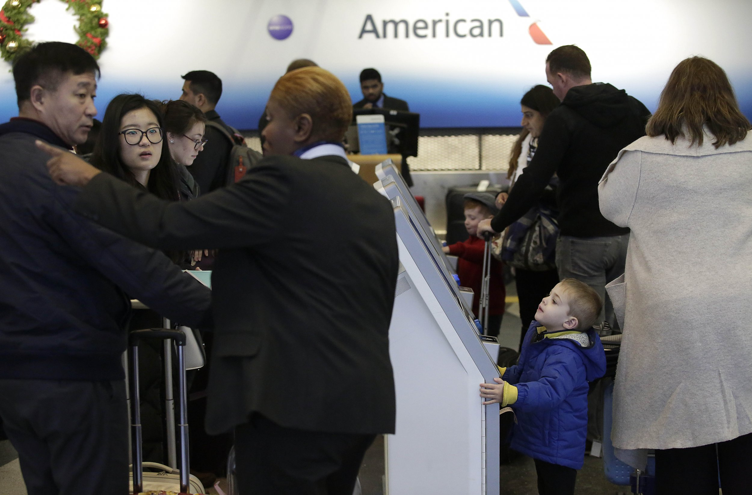 2_17_American Airline