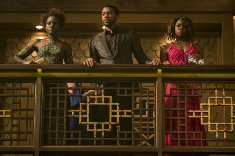 'Black Panther' breaking box office records
