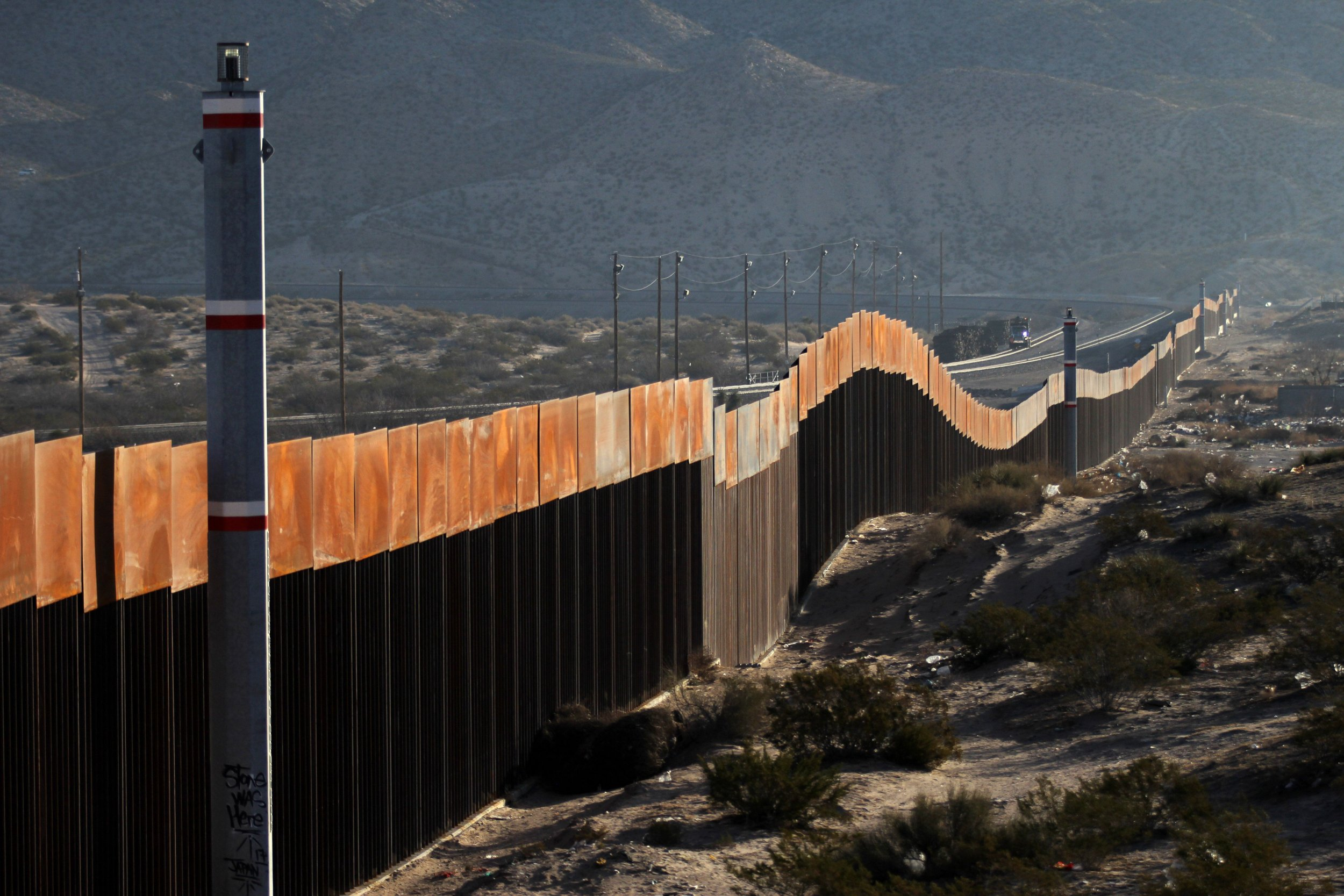 02_19_18_BorderWall