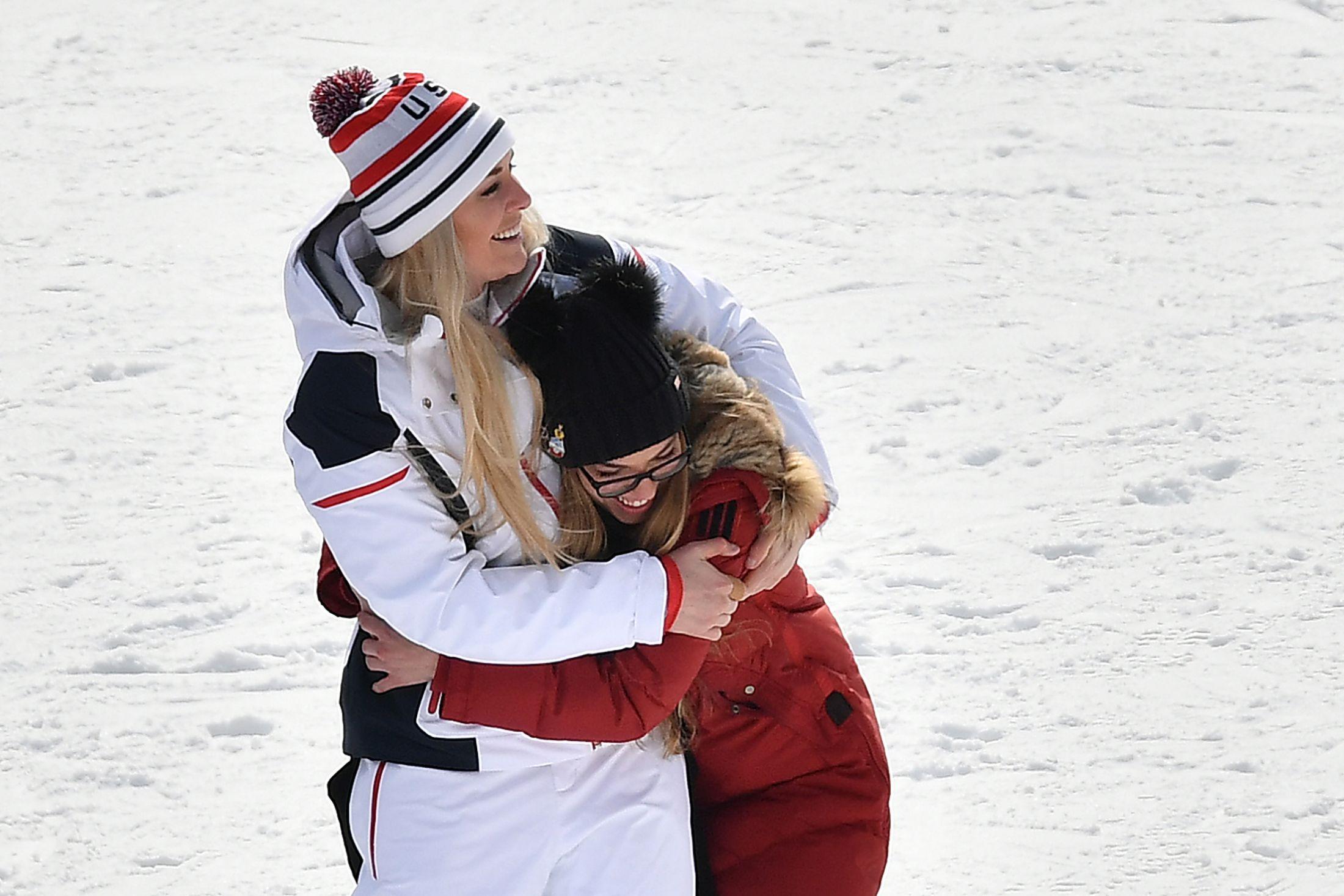 lindsey vonn hug