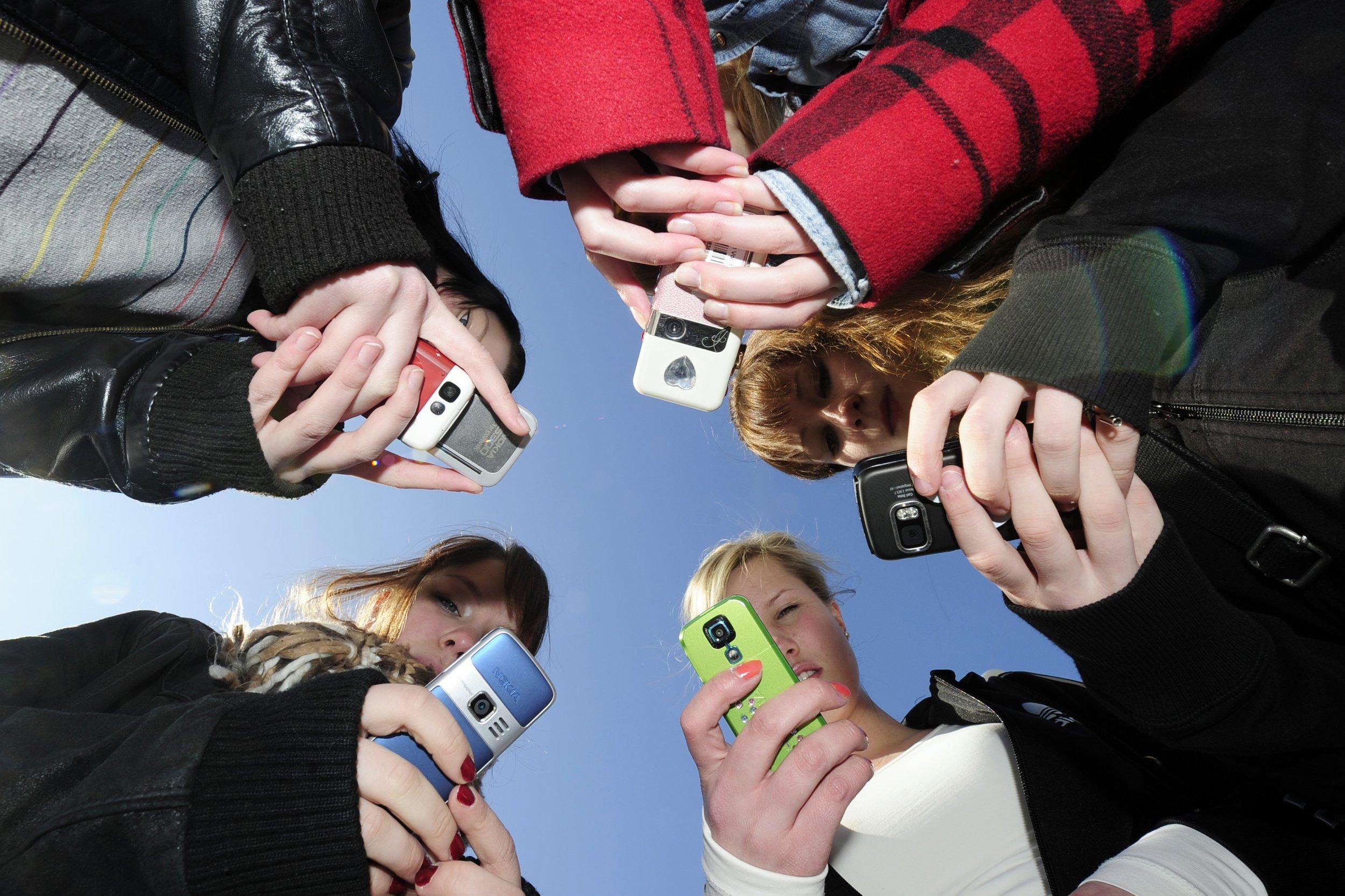 teen phones finland