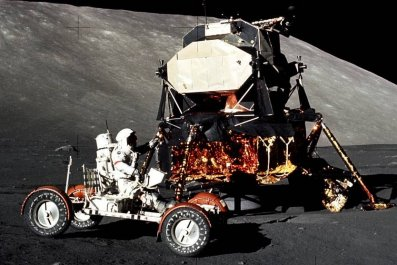 02_27_apollo_17_vehicle