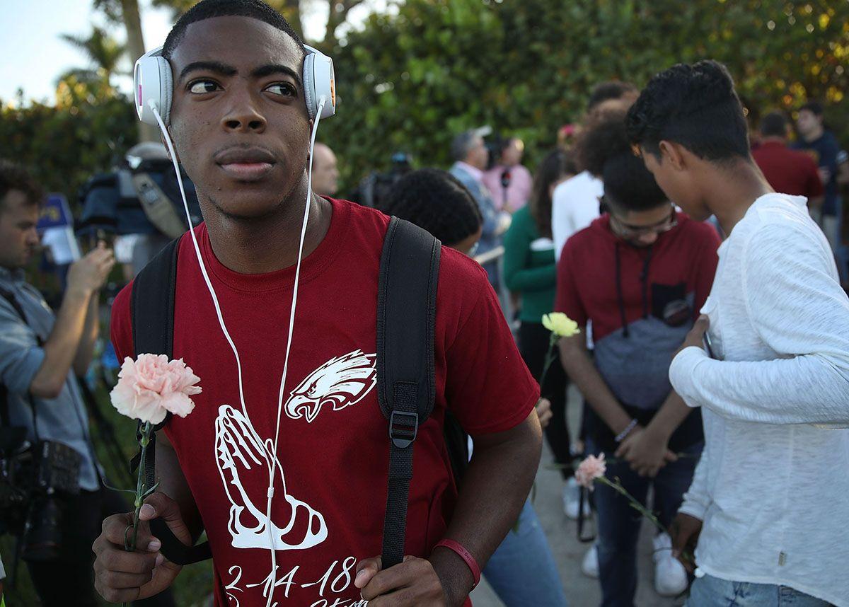 Florida shooting students return to school