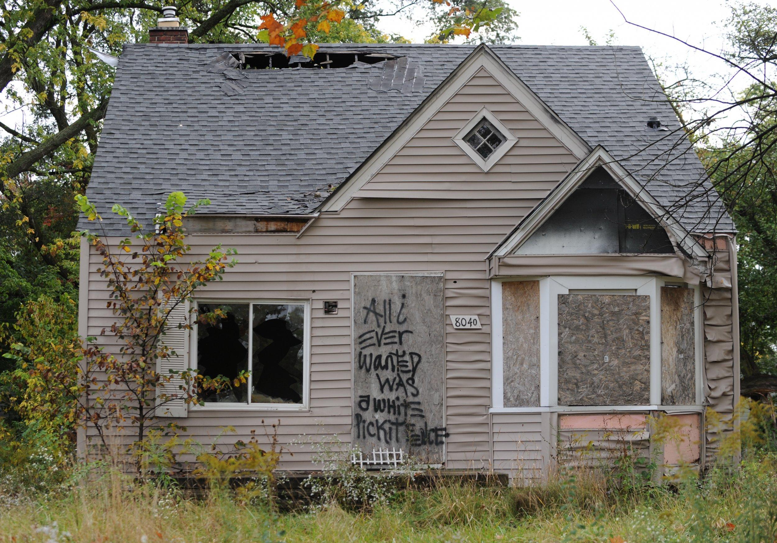 detroit abandoned house recession