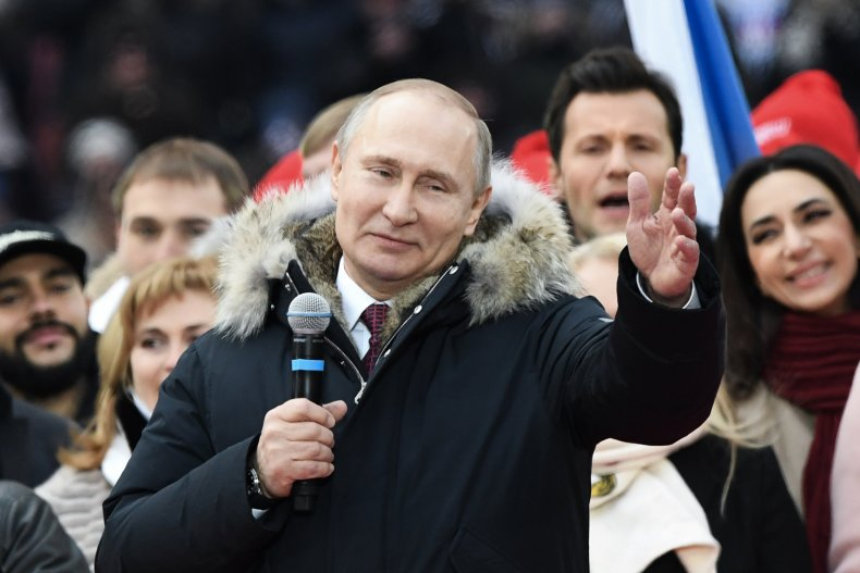 GettyImages-926637684 Vladimir Putin election rally