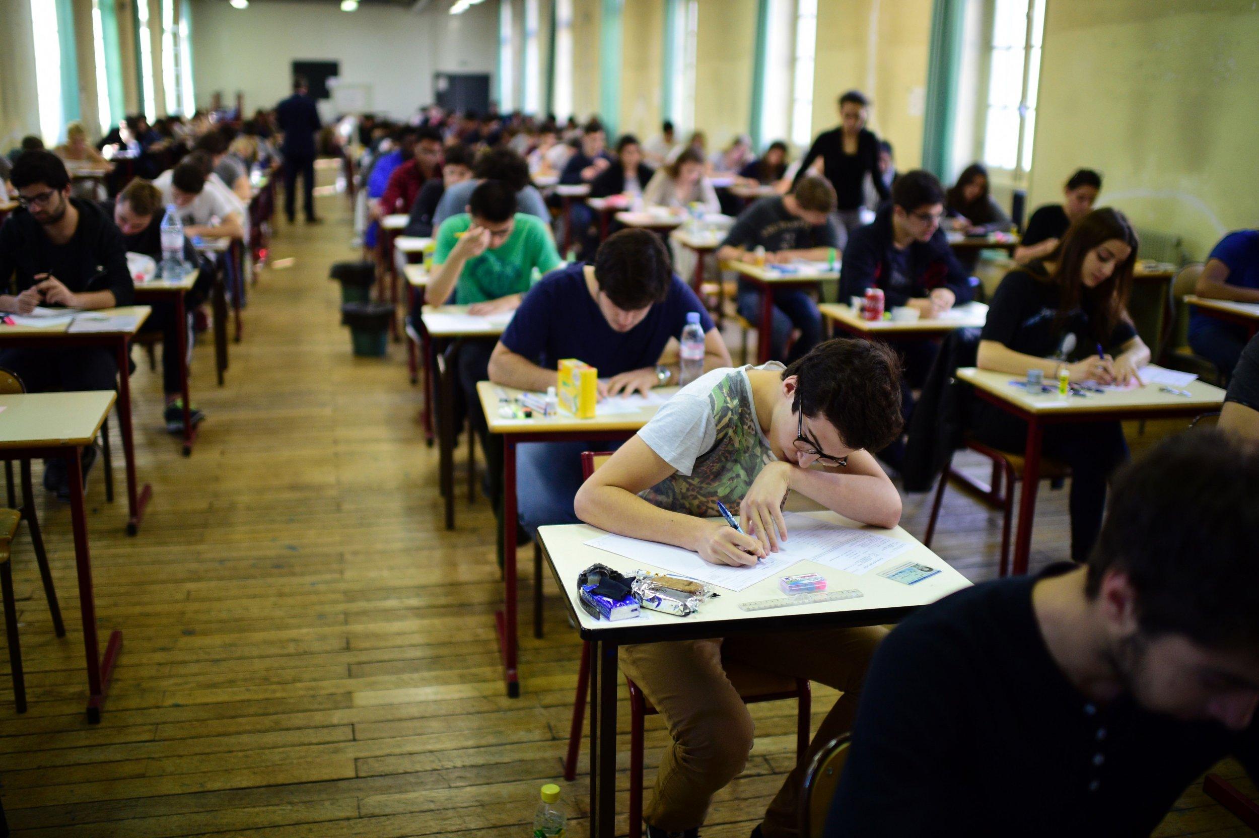 3_5_Students_Exam