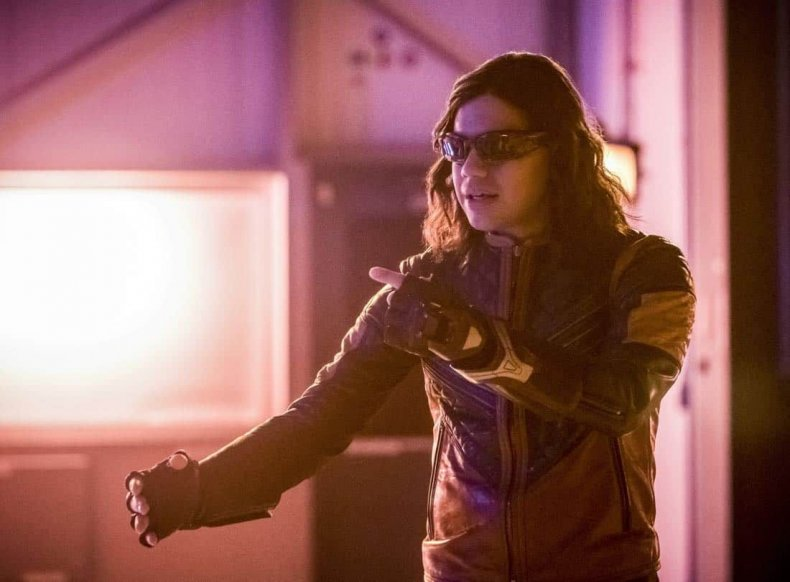 The-Flash-Episode-15-Season-4-Enter-Flashtime-01