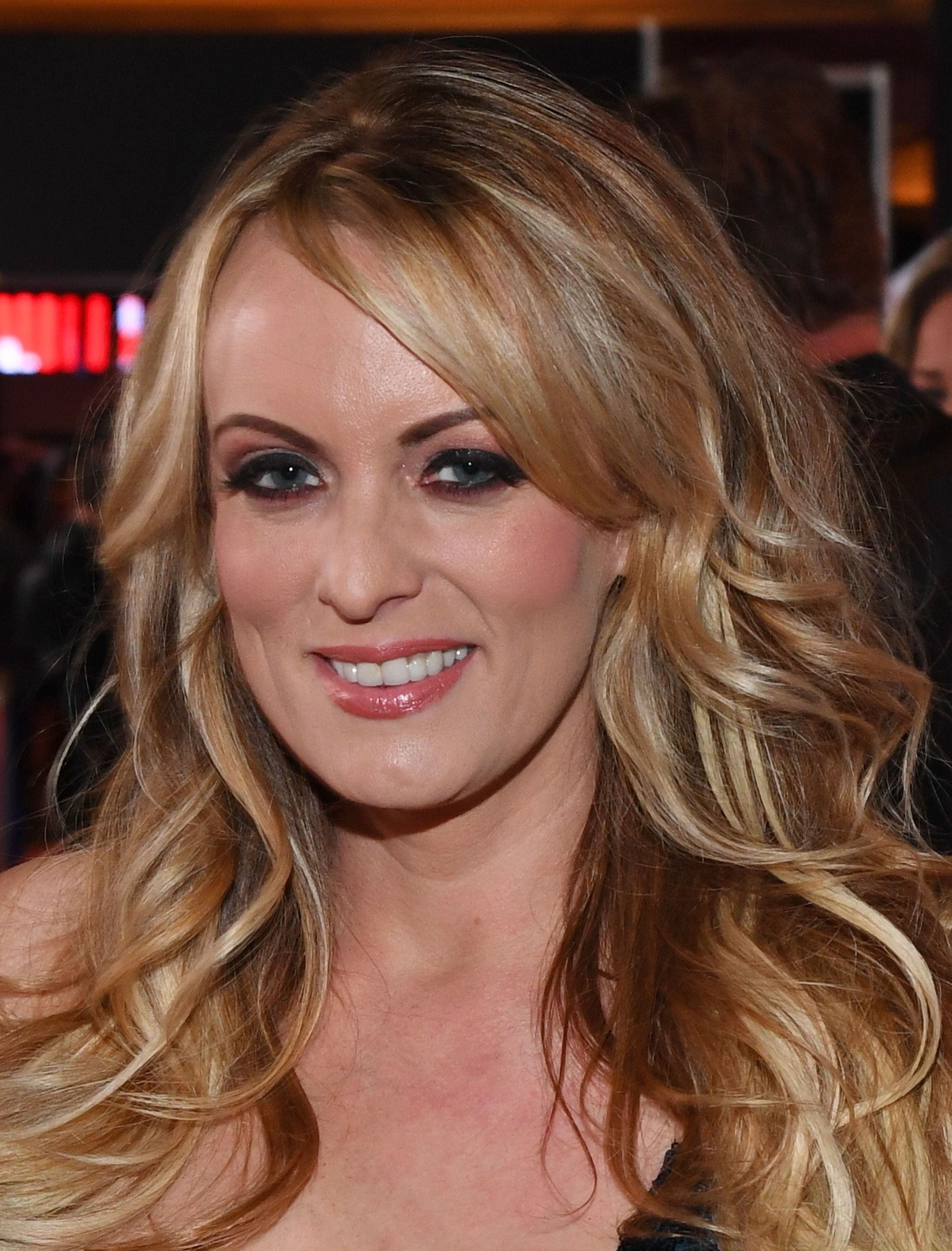 Anderson What to With Stormy Interview Happened  Daniels