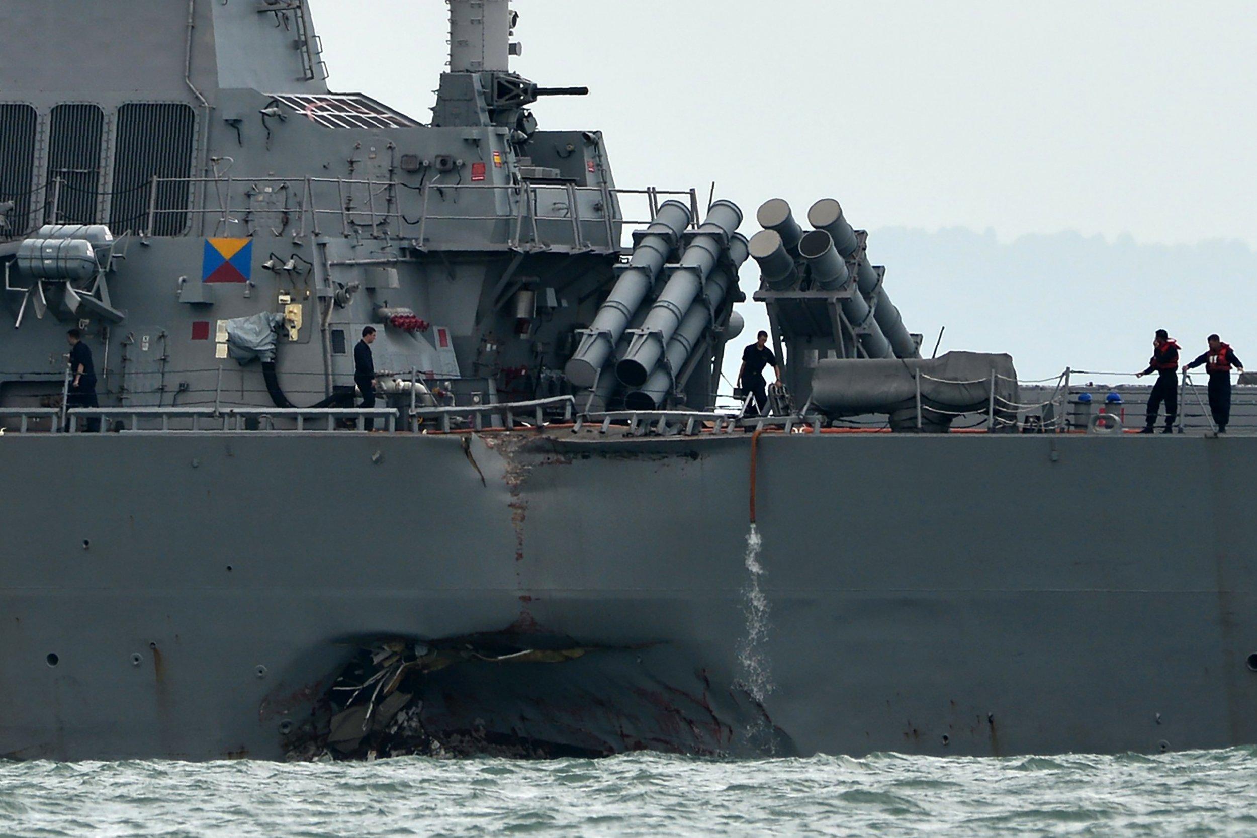 GettyImages-836078054 USS John S McCain damage