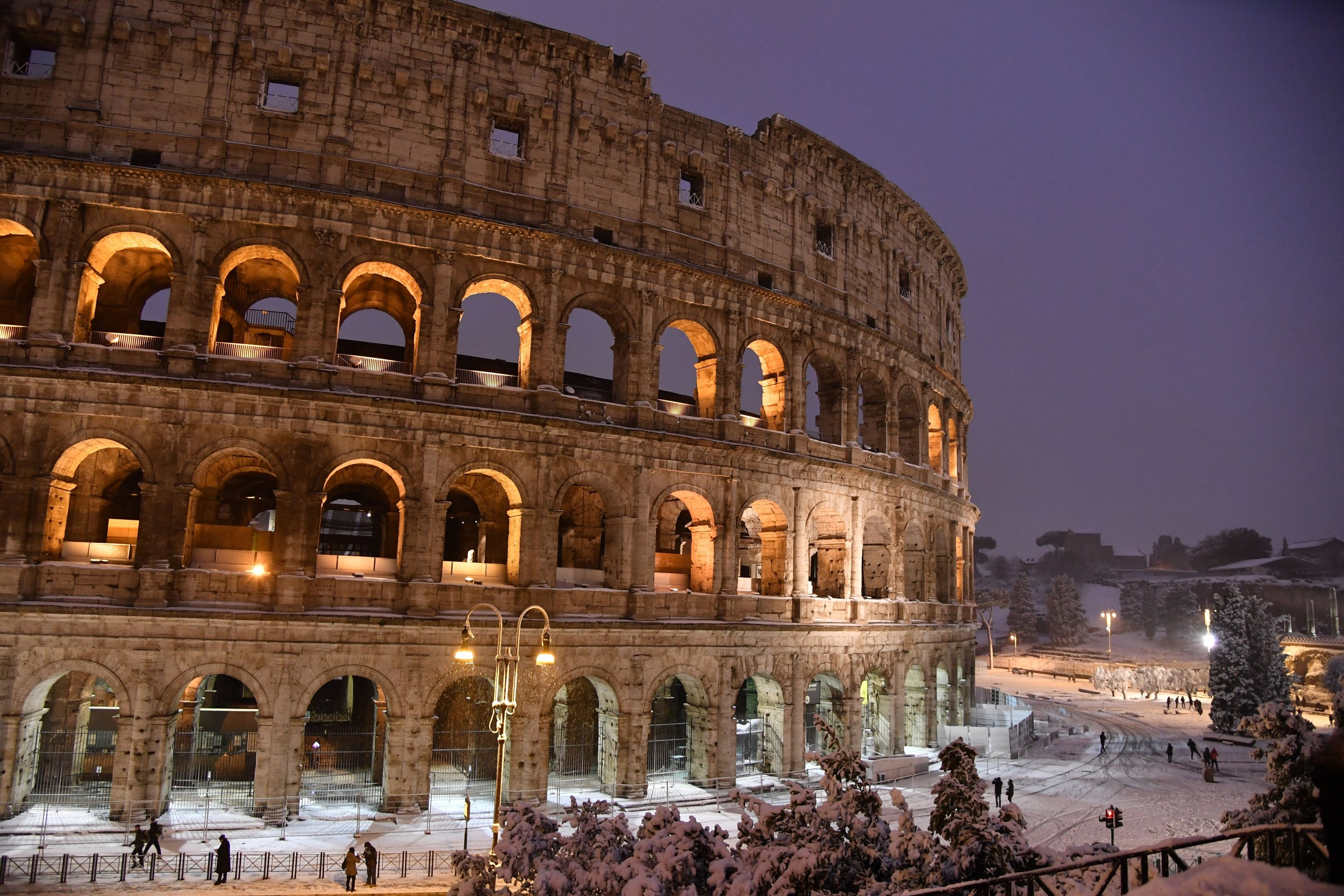 archaeologists discover ancient roman empire artifacts including