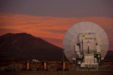 03_09_radio_telescope_alma