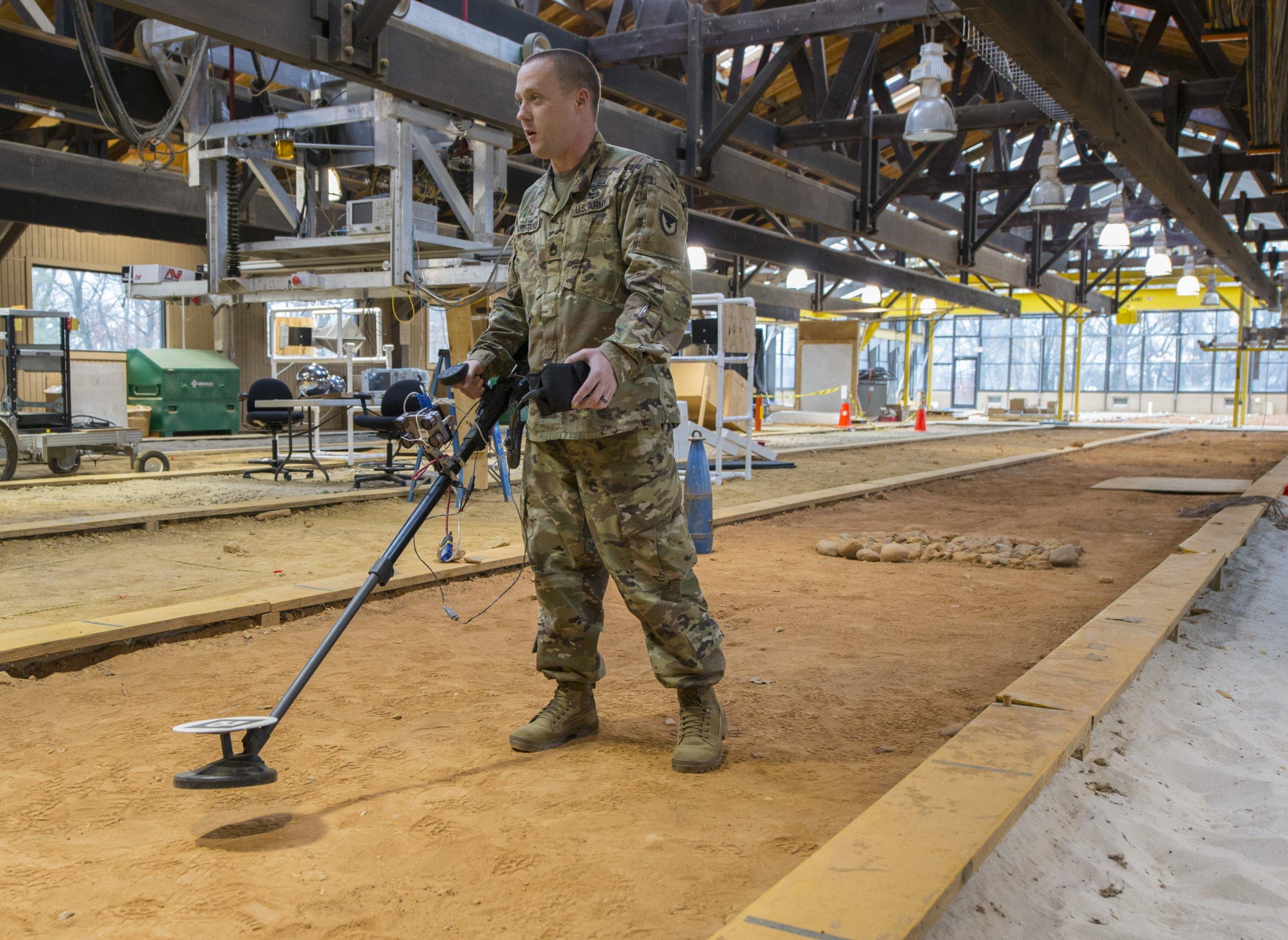 US Army metal detector 1