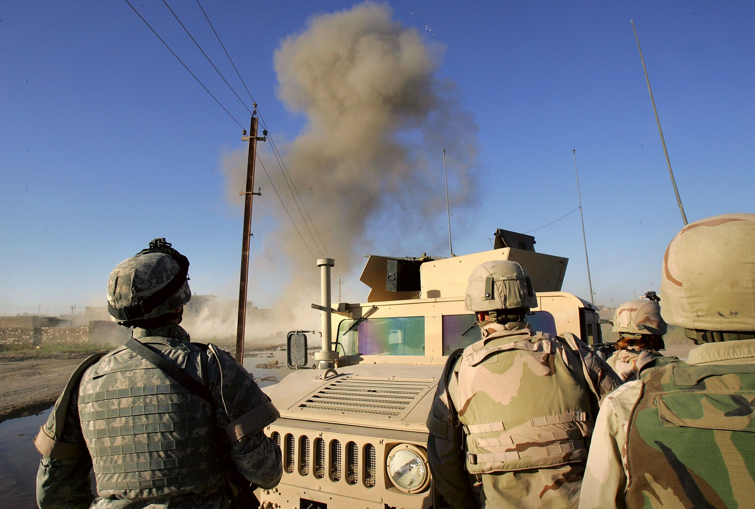 GettyImages-56017306 U.S. Army IED