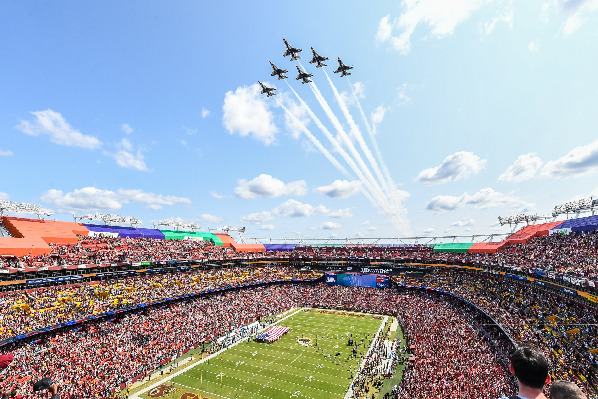 4058207 Flyby NFL