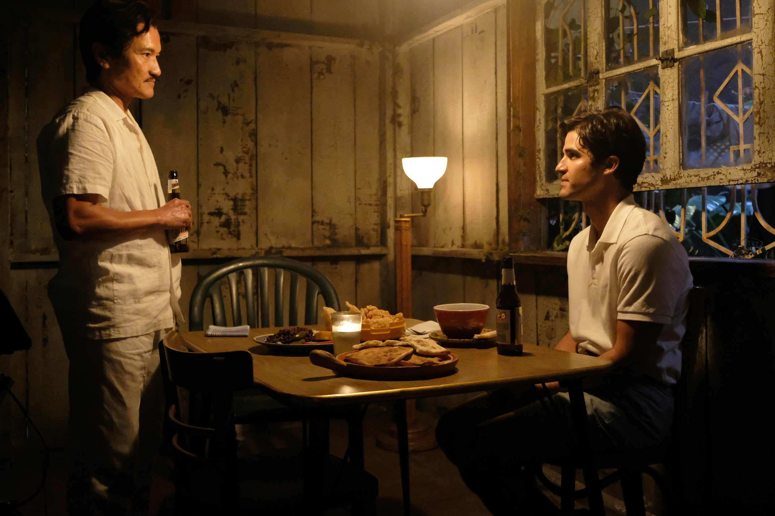 Jon Jon Briones plays Modesto Cunanan while Darren Criss appears as Andrew Cunanan in the series American Crime Story