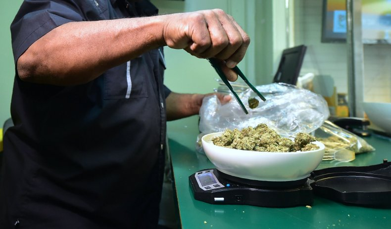 marijuana la dispensary