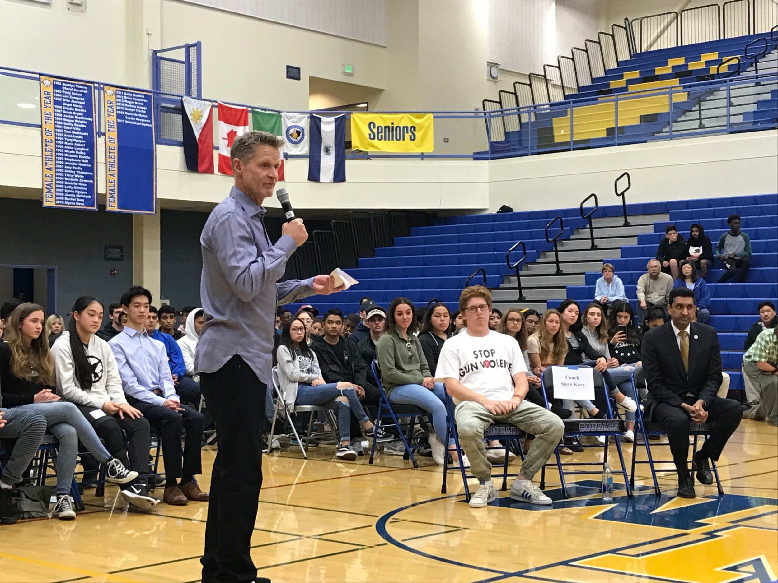 "Golden State Warriors coach tells teens to ""scare the hell out of"" NRA and Trump by registering to vote"