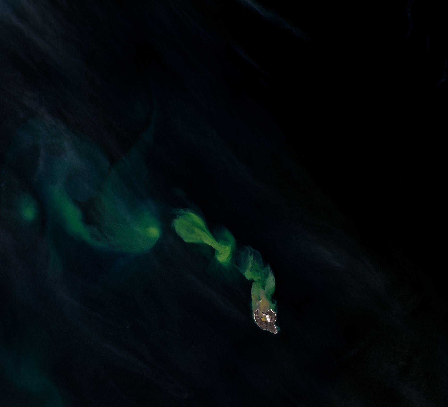 03_14_bogoslof_volcano_eruption
