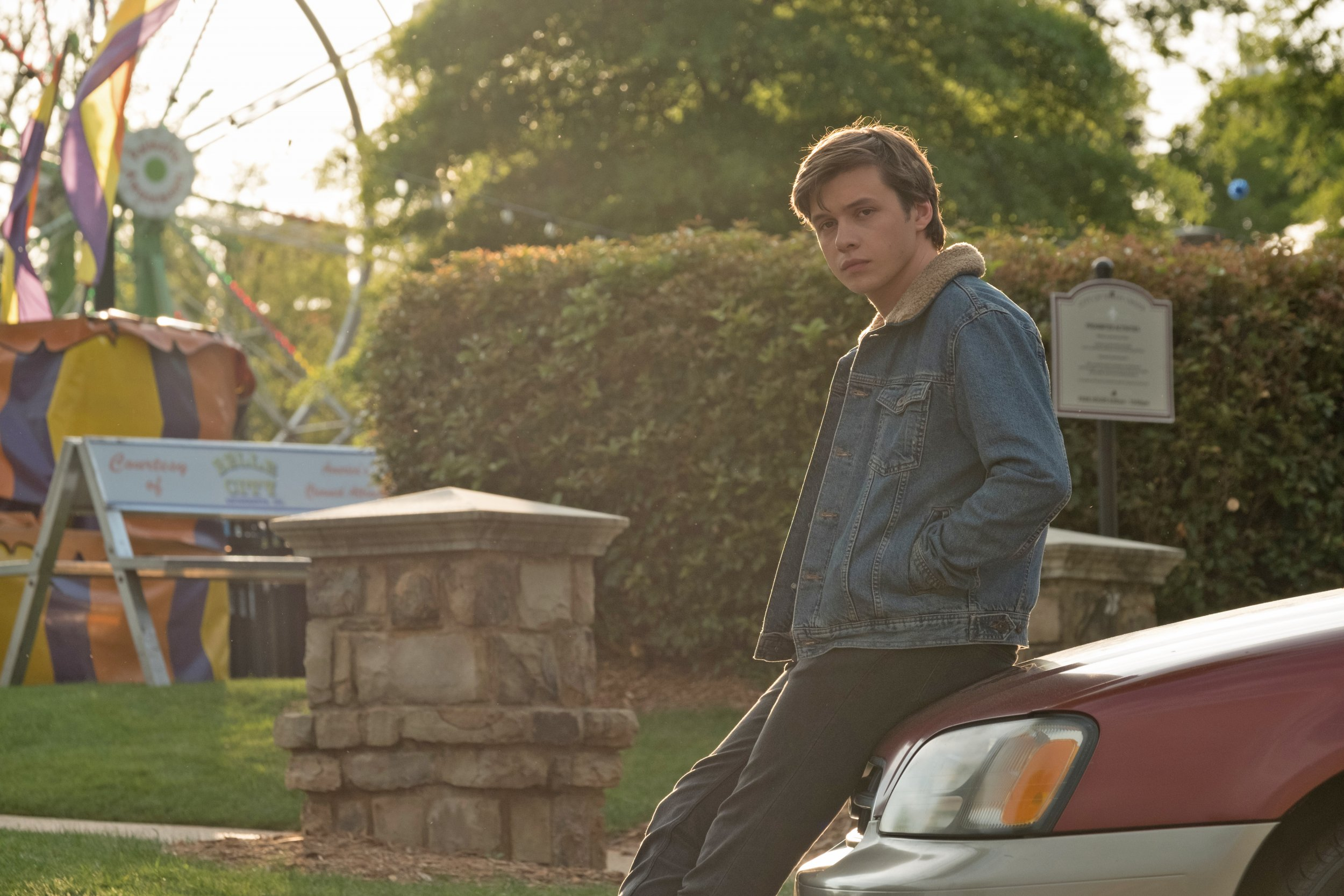Meet Nick Robinson: 'Love, Simon' Star On First Mainstream ...