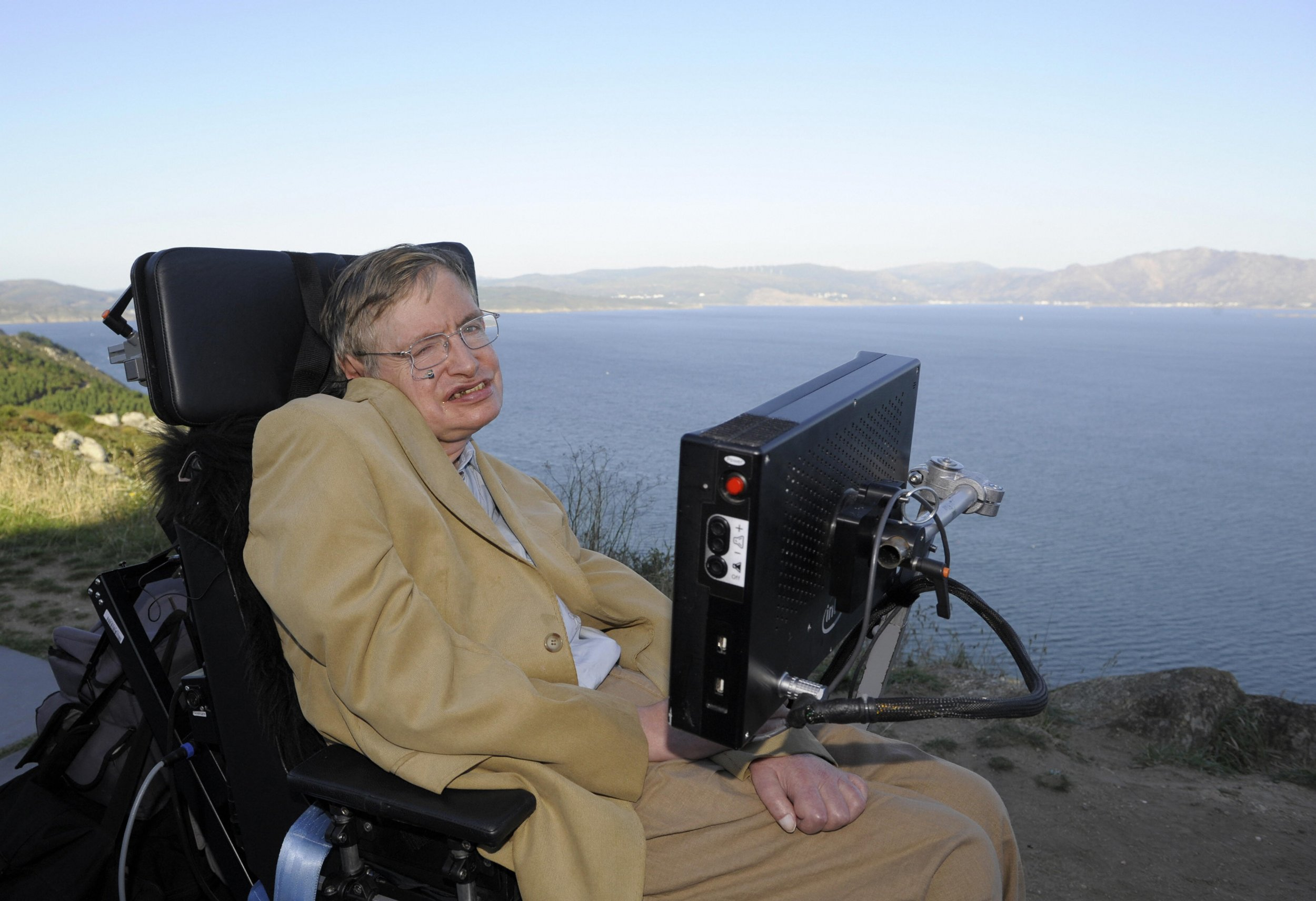 Stephen Hawking Advocated For Wealth Redistribution To Prevent Mass