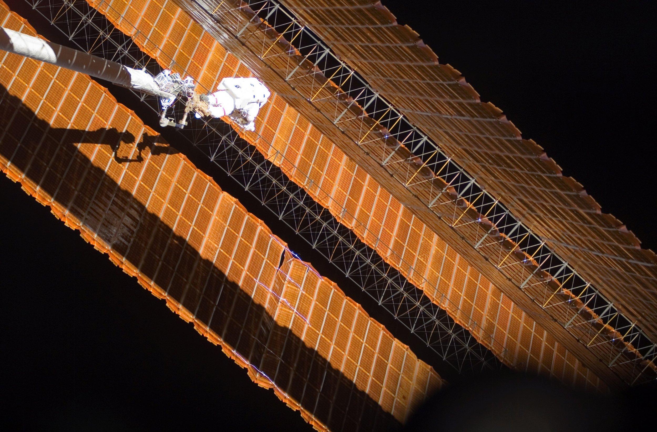 iss-solar-arrays
